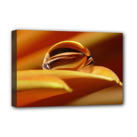 Waterdrop Deluxe Canvas 18  x 12  (Framed)