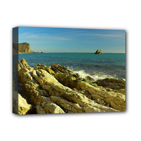 2014 03 15 Durdle Door 261 Deluxe Canvas 16  x 12  (Framed)