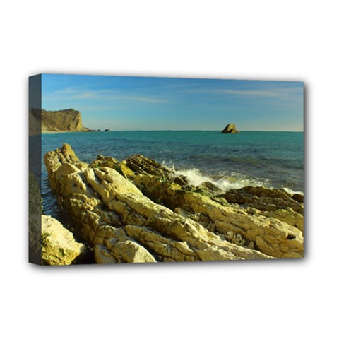 2014 03 15 Durdle Door 261 Deluxe Canvas 18  x 12  (Framed)