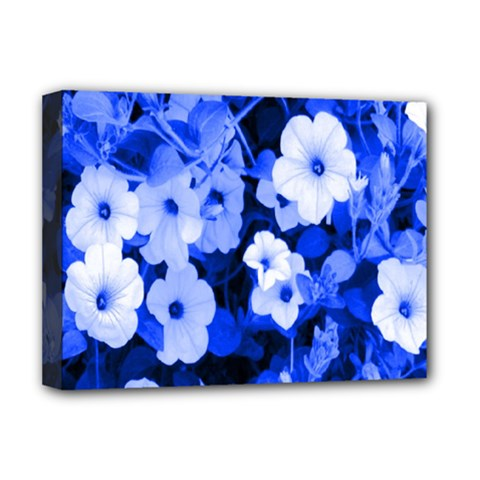 Blue Flowers Deluxe Canvas 16  x 12  (Framed)