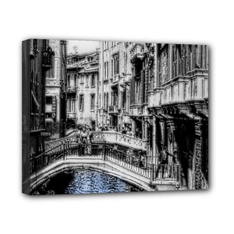Vintage Venice Canal Canvas 10  x 8  (Framed)
