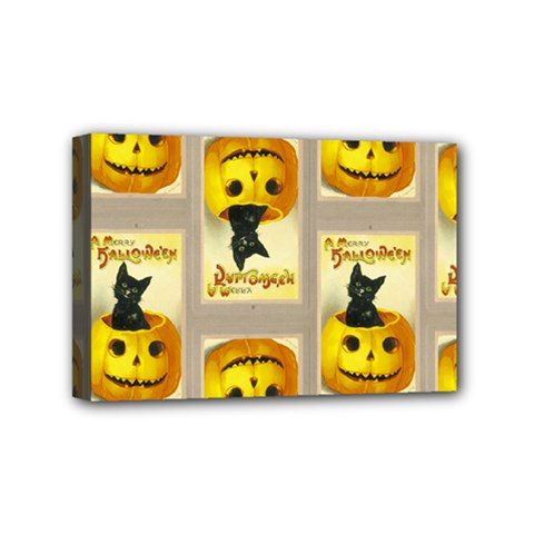 A Merry Hallowe en Mini Canvas 6  x 4  (Framed)