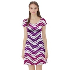 Purple waves pattern Short Sleeved Skater Dress