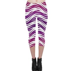 Purple Waves Pattern Capri Leggings