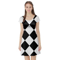 Harlequin Diamond Mosaic Tile Pattern Black White Short Sleeved Skater Dress