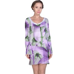 Lilies Collage Art In Green And Violet Colors Long Sleeve Nightdress