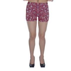 Flowers Pattern Collage In Coral An White Colors Skinny Shorts