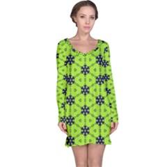 Blue flowers pattern nightdress