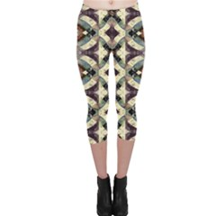 Geometric Abstract Grunge Capri Leggings