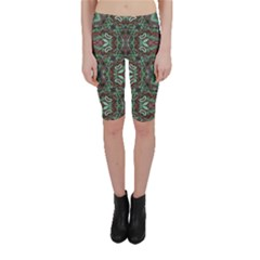 Tribal Ornament Pattern  Cropped Leggings