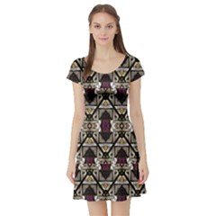 Abstract Geometric Modern Seamless Pattern Short Sleeved Skater Dress