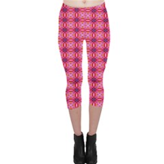 Abstract Pink Floral Tile Pattern Capri Leggings
