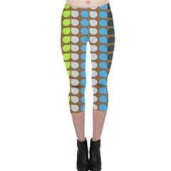 Colorful Leaf Pattern Capri Leggings