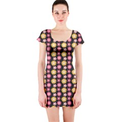Cute Floral Pattern Short Sleeve Bodycon Dress