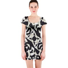 Black and White Print Short Sleeve Bodycon Dress