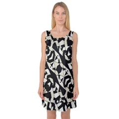 Black and White Print Sleeveless Satin Nightdress
