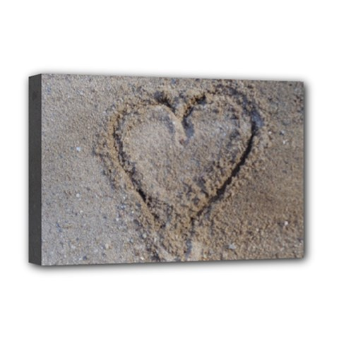 Heart in the sand Deluxe Canvas 18  x 12  (Framed)