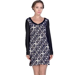 Retro Decorative Pattern Long Sleeve Nightdress