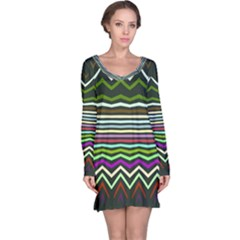 Chevrons and distorted stripes nightdress