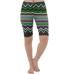 Chevrons and distorted stripes Cropped Leggings