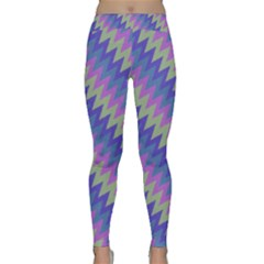 Diagonal Chevron Pattern Yoga Leggings
