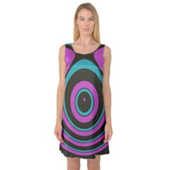 Distorted Concentric Circles Sleeveless Satin Nightdress