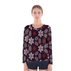 Floral pattern on a brown background Women Long Sleeve T-shirt