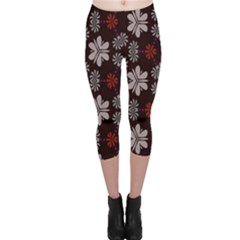 Floral pattern on a brown background Capri Leggings