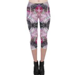 Nature forces Abstract Capri Leggings