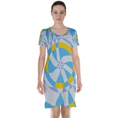 Abstract Flower In Concentric Circles Short Sleeve Nightdress