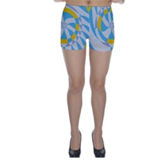 Abstract flower in concentric circles Skinny Shorts
