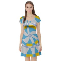 Abstract flower in concentric circles Short Sleeve Skater Dress