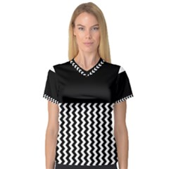 Black And White Chevron Women s V Neck Sport Mesh Tee