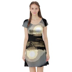 Sunrise Over The Plains Short Sleeve Skater Dresses