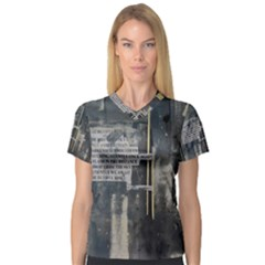 The Dutiful Rise Women s V-Neck Sport Mesh Tee