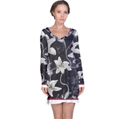 Black and White Lilies Long Sleeve Nightdresses