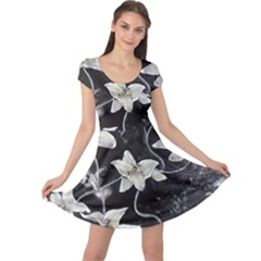 Black And White Lilies Cap Sleeve Dresses