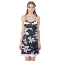 Black and White Lilies Camis Nightgown