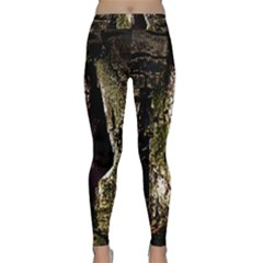 A Deeper Look Yoga Leggings