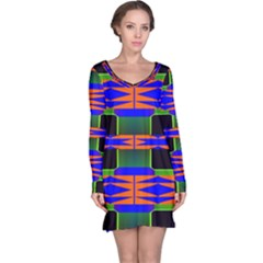 Distorted shapes pattern nightdress