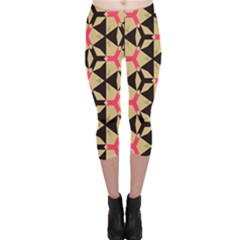 Shapes In Triangles Pattern Capri Leggings