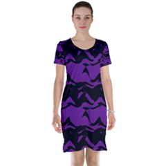 Mauve black waves Short Sleeve Nightdress