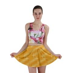 Many Stars, Golden Mini Skirts