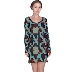 Distorted shapes in retro colors nightdress