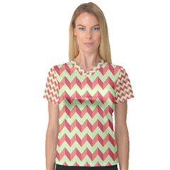 Modern Retro Chevron Patchwork Pattern Women s V-Neck Sport Mesh Tee