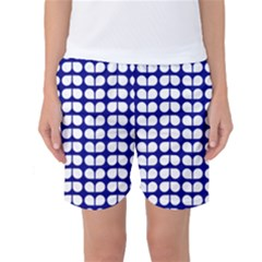 Blue And White Leaf Pattern Women s Basketball Shorts