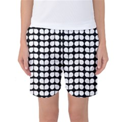 Black And White Leaf Pattern Women s Basketball Shorts