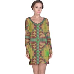 Tribal shapes pattern nightdress