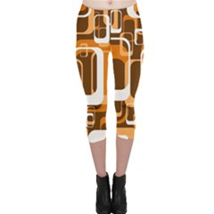 Retro Pattern 1971 Orange Capri Leggings