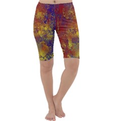 Abstract In Gold, Blue, And Red Cropped Leggings